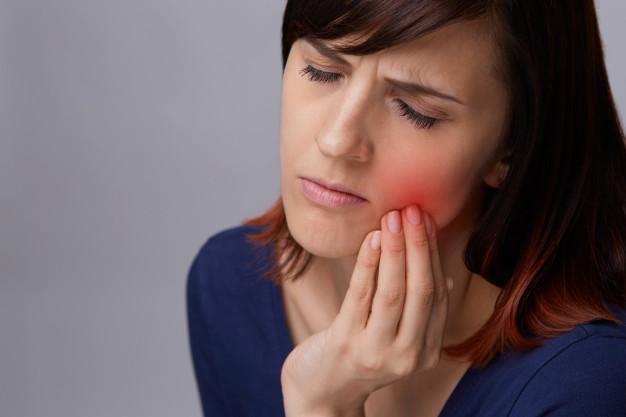 bolečina v zobu2