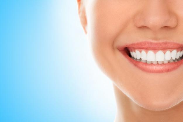 kako pobeliti zobe 1