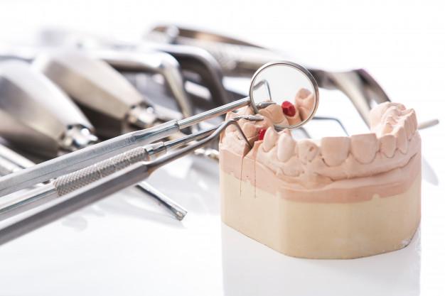 parodontolog, parodontologija1